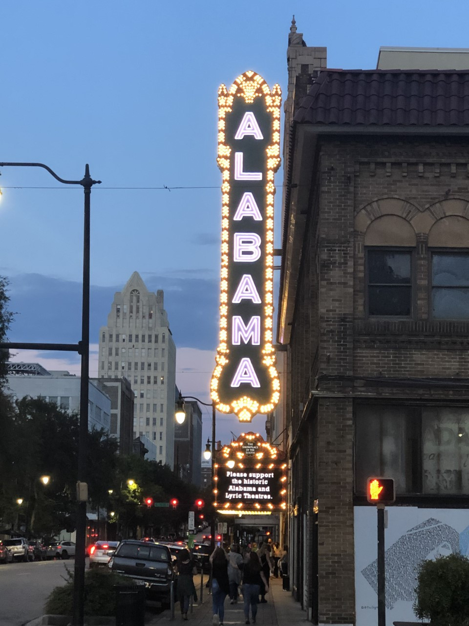 Alabama Theater Christmas Vacation Dec 8,2020 Tickets for Christmas movies at the Alabama Theatre go on sale | WBMA