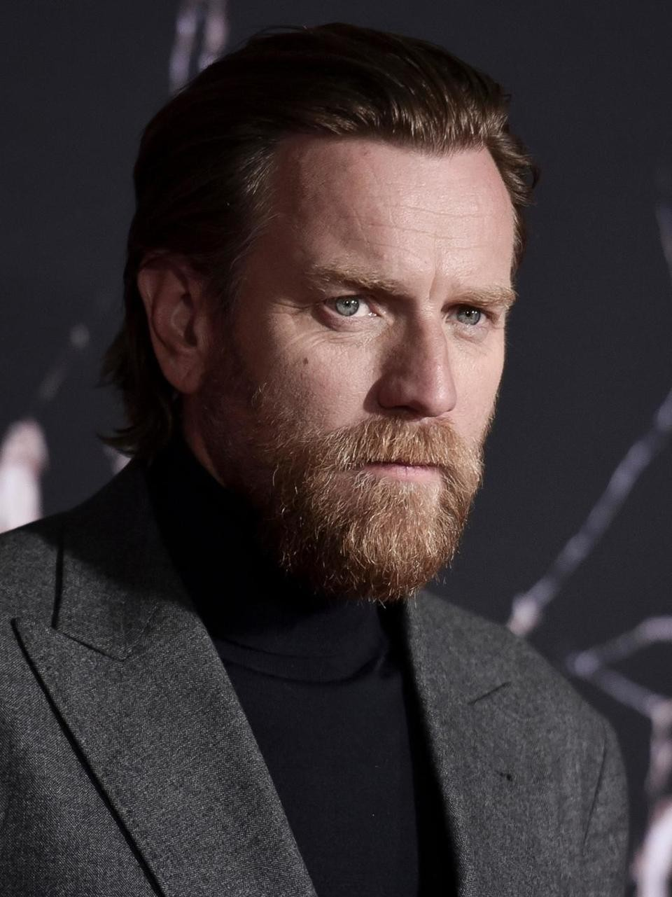 Side View Ewan Mcgregor Beard