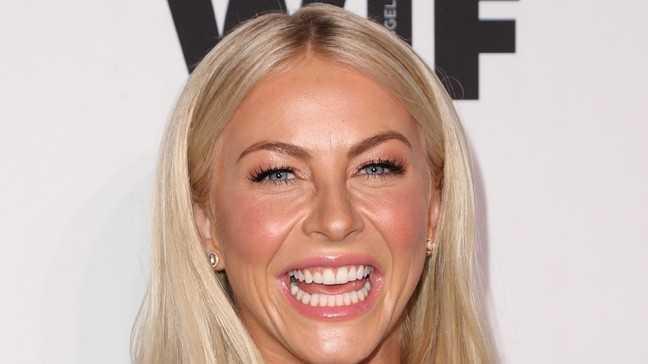 Julianne Hough Will Play Jolene In Parton Anthology Show Wbma