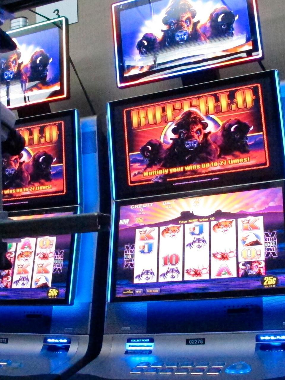 Can T Touch This Real Slot Machines Controlled Online Wbma