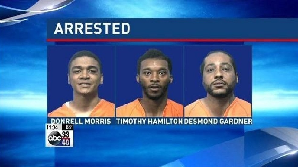 The Alabaster Police department arrested three men on multiple charges of identity theft, forgery, and the fraudulent use of a credit/debit card.