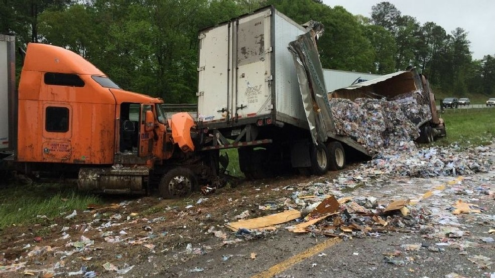 I-65 accident in Jemison blocks interstate for hours | WBMA